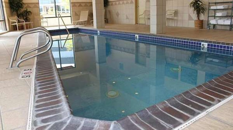 Hampton Inn & Suites Bremerton Pool