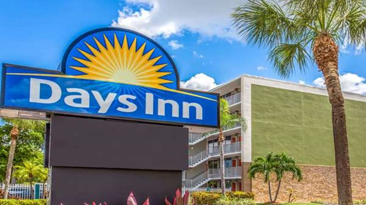 Days Inn Fort Lauderdale Airport Exterior