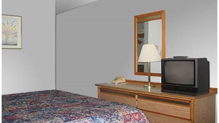 Astoria Crest Motel Room