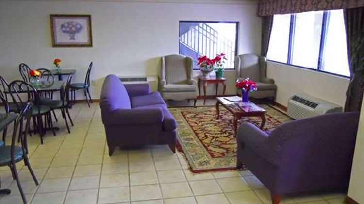 America's Best Inn & Suites Lobby