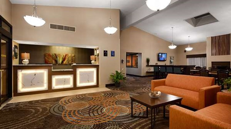 Best Western Maple City Inn Lobby