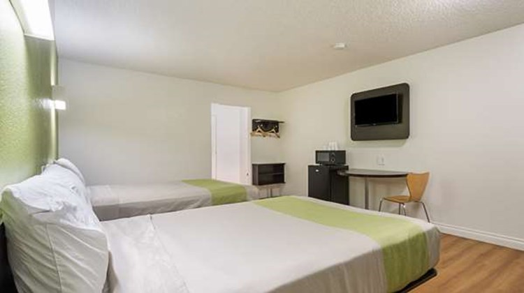 Motel 6 Santa Maria - South Room