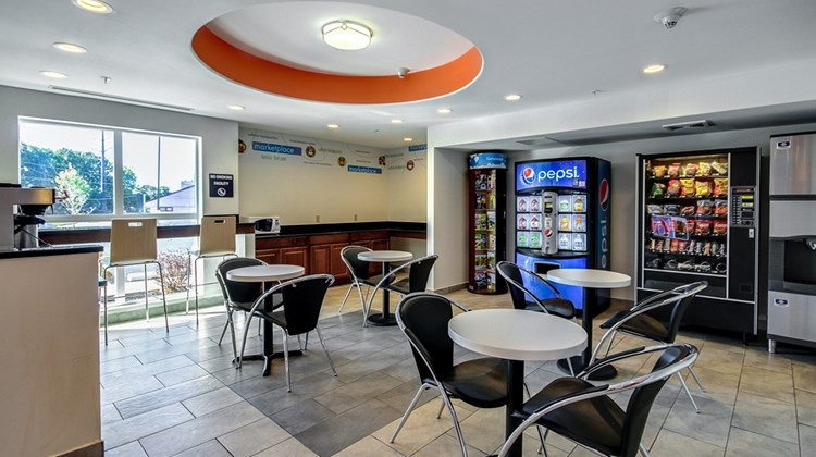 Motel 6 Allentown Other