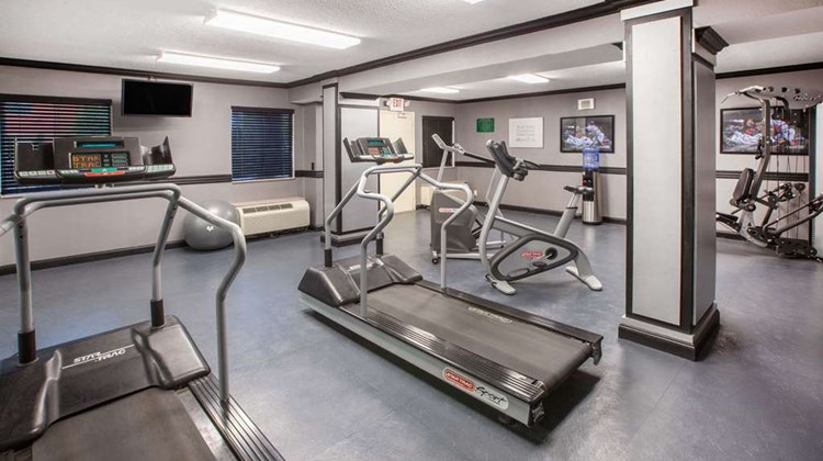 Baymont Inn & Suites Canton Health