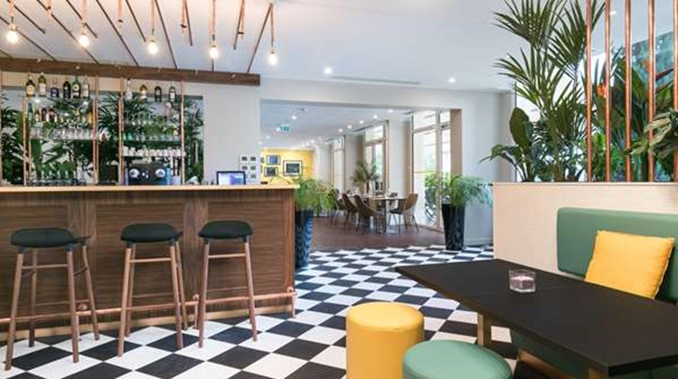 Hotel Birdy by Happy Culture Restaurant