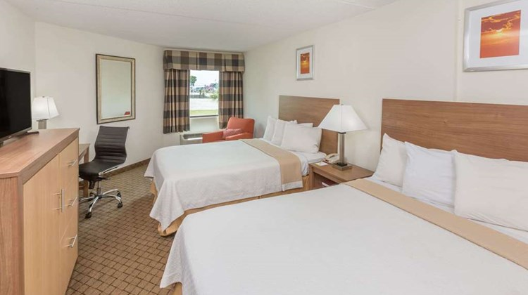 Days Inn Biloxi Beach Room