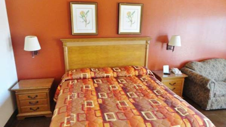Americas Best Value Inn Brownsville Room