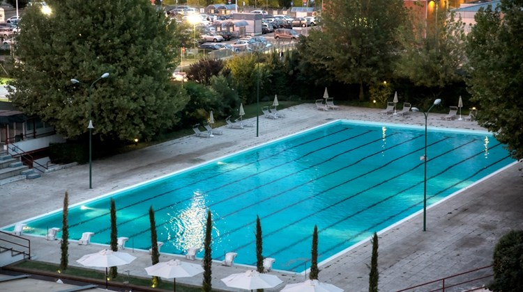 Living Place Hotel Bologna Pool