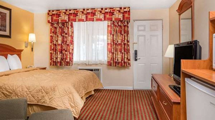 Travelodge Klamath Falls Room
