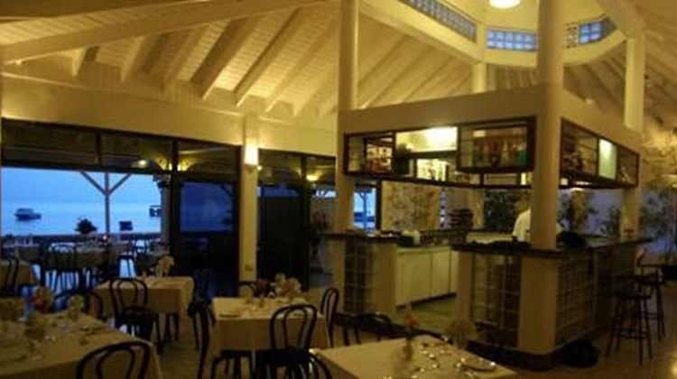 Evergreen Hotel Restaurant