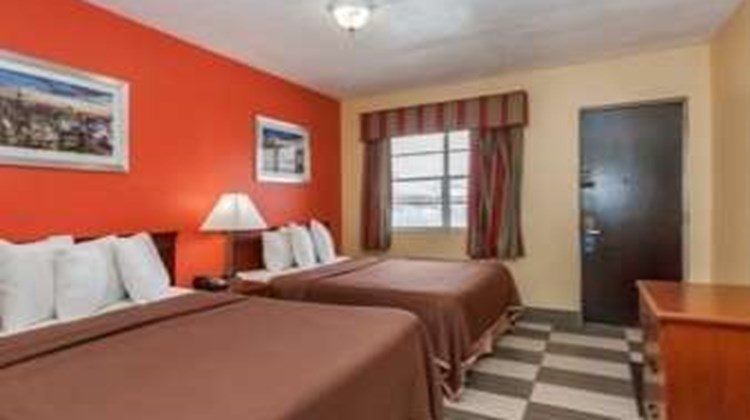 Travelodge Jersey City Room