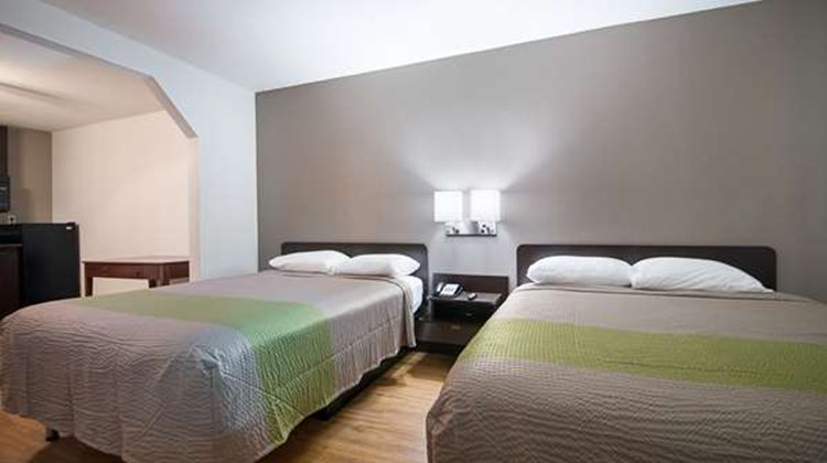 Motel 6 New Iberia Room
