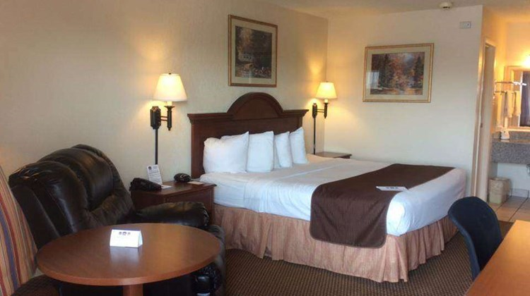 Days Inn Abilene Room