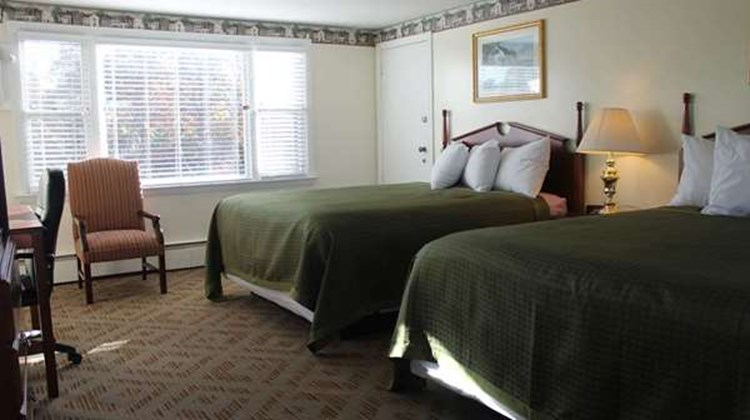 Knights Inn Centerville Cape Cod Area Room