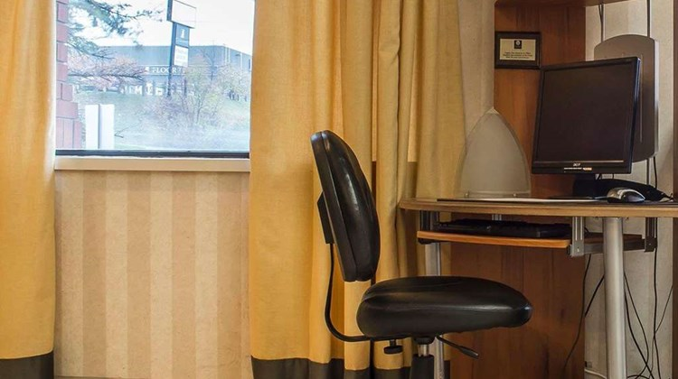 Comfort Hotel & Suites Peterborough Other
