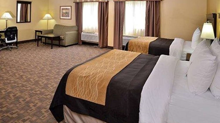 Comfort Inn Asheboro Suite