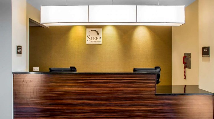 Sleep Inn & Suites East Syracuse Lobby