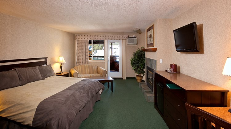 High Country Inn Suite