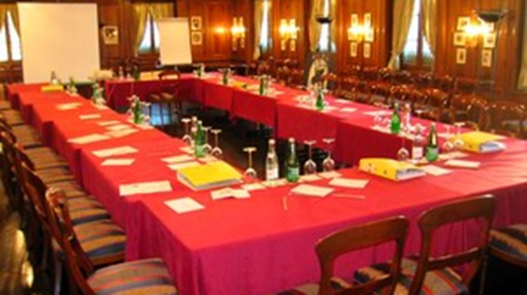 Schloss Hotel Swiss-Chalet Meeting