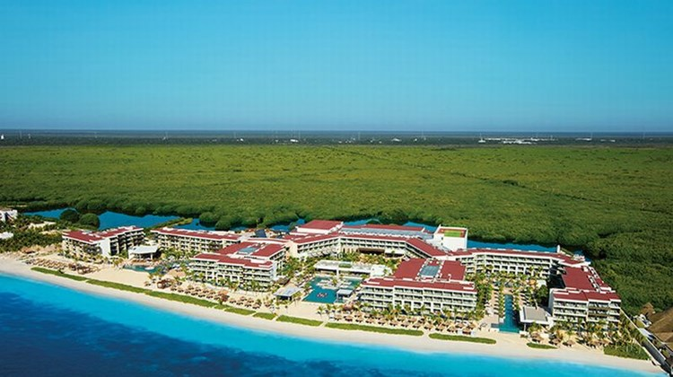Breathless Riviera Cancun Resort & Spa Exterior