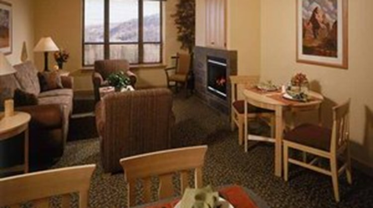 Cedar Breaks Lodge Room