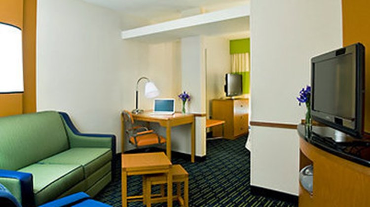 Fairfield Inn & Suites Downtown Suite