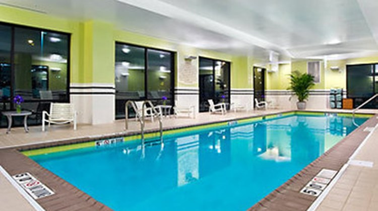 Fairfield Inn & Suites Downtown Pool