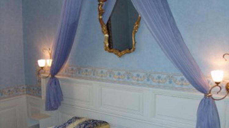 Chateau D'Anthes Chateaux & Hotel Room