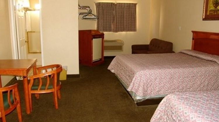 Bevonshire Lodge Motel Room