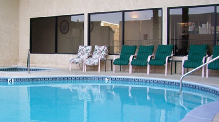 Garden Suites Inn Pool