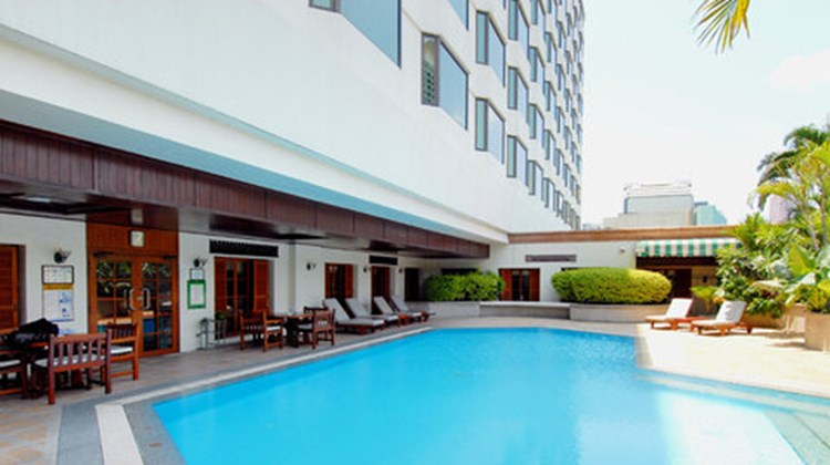 Evergreen Laurel Hotel Bangkok Pool