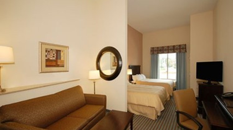 Holiday Inn Express Leland-Wilmington Room