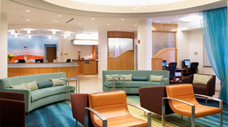 SpringHill Suites by Marriott Detroit Lobby