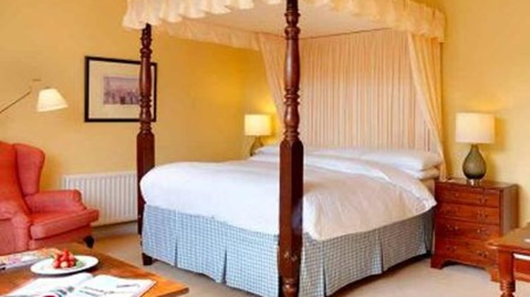 Dunraven Arms Hotel Suite