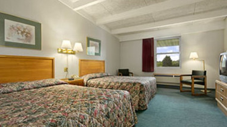 Super 8 Richmond Room
