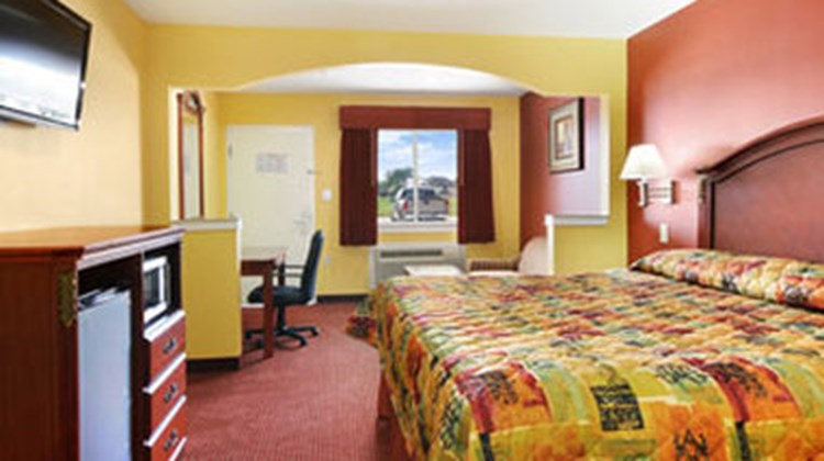 Palace Inn Room