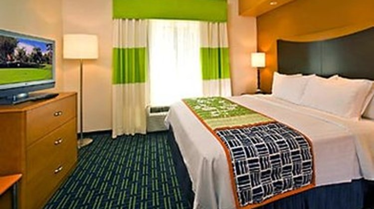 Fairfield Inn & Suites Birmingham Pelham Suite