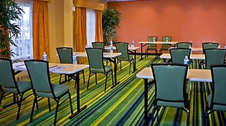 Fairfield Inn & Suites Birmingham Pelham Meeting