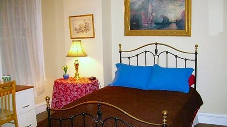 Burbridge St. Bed & Breakfast Room