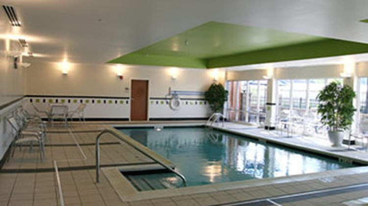 Fairfield Inn & Suites Birmingham Pelham Pool