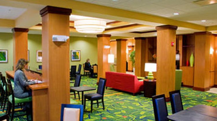 Fairfield Inn & Suites Columbus Polaris Restaurant