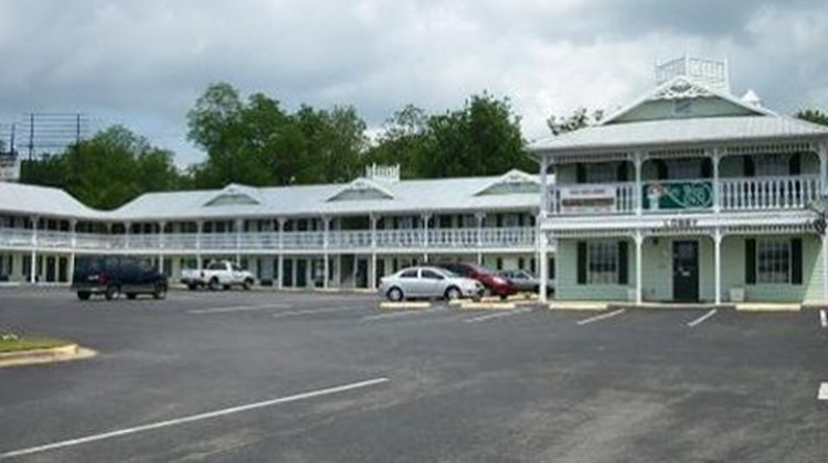 Key West Inn Exterior