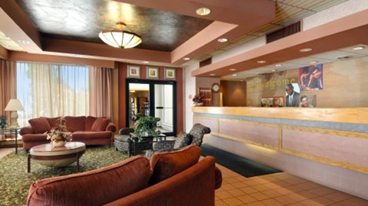 Brainerd Hotel & Conference Center Lobby