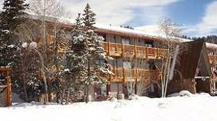 The Inn at Steamboat Exterior