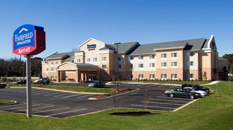 Fairfield Inn & Suites Albany Exterior