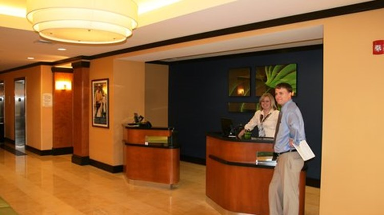 Fairfield Inn & Suites Birmingham Pelham Lobby