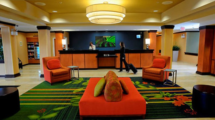 Fairfield Inn & Suites Kennett Square Lobby