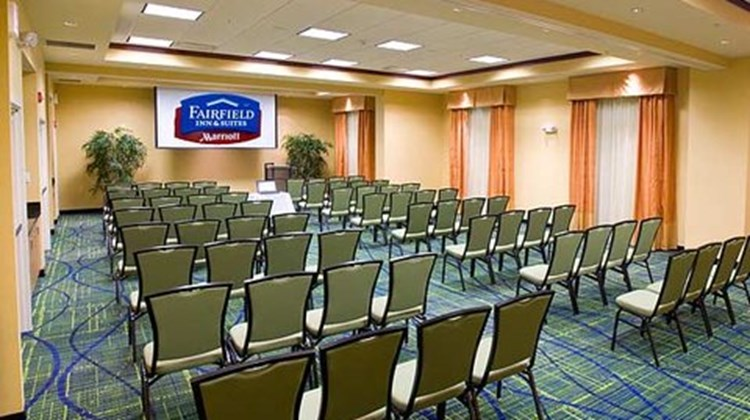 Fairfield Inn & Suites Columbus Polaris Meeting