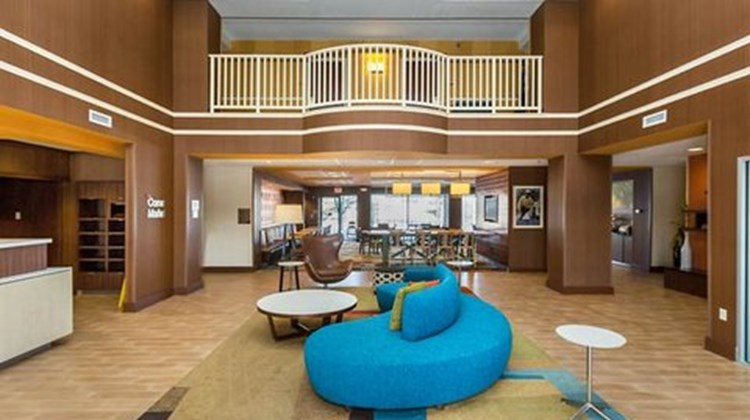 Fairfield Inn & Suites Des Moines West Lobby