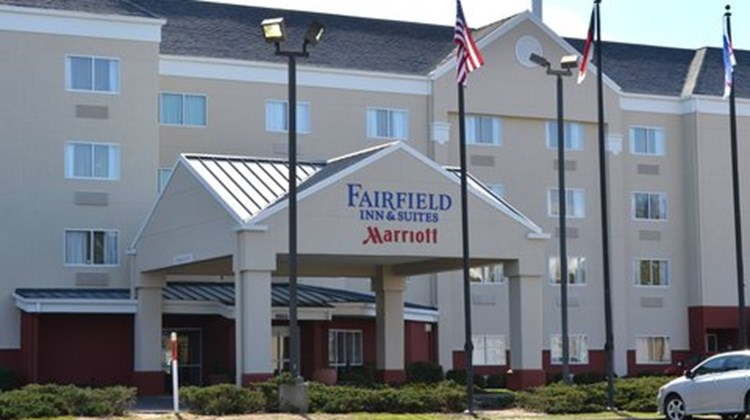 Fairfield Inn & Suites Hickory Exterior